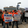 Labor out-shouts Rauner's rally on opening day