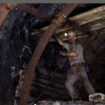 Working in the coal mine in Carlinville, IL. – photo by Andrew Harrer/Bloomberg