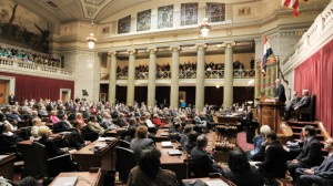 WORKERS WON a procedural victory April 9 as the Missouri House approved a right-to-work measure (HB1770), but failed to garner the 82-vote majority necessary to move the bill to the Senate. Another vote was expected. – UPI/Bill Greenblatt photo