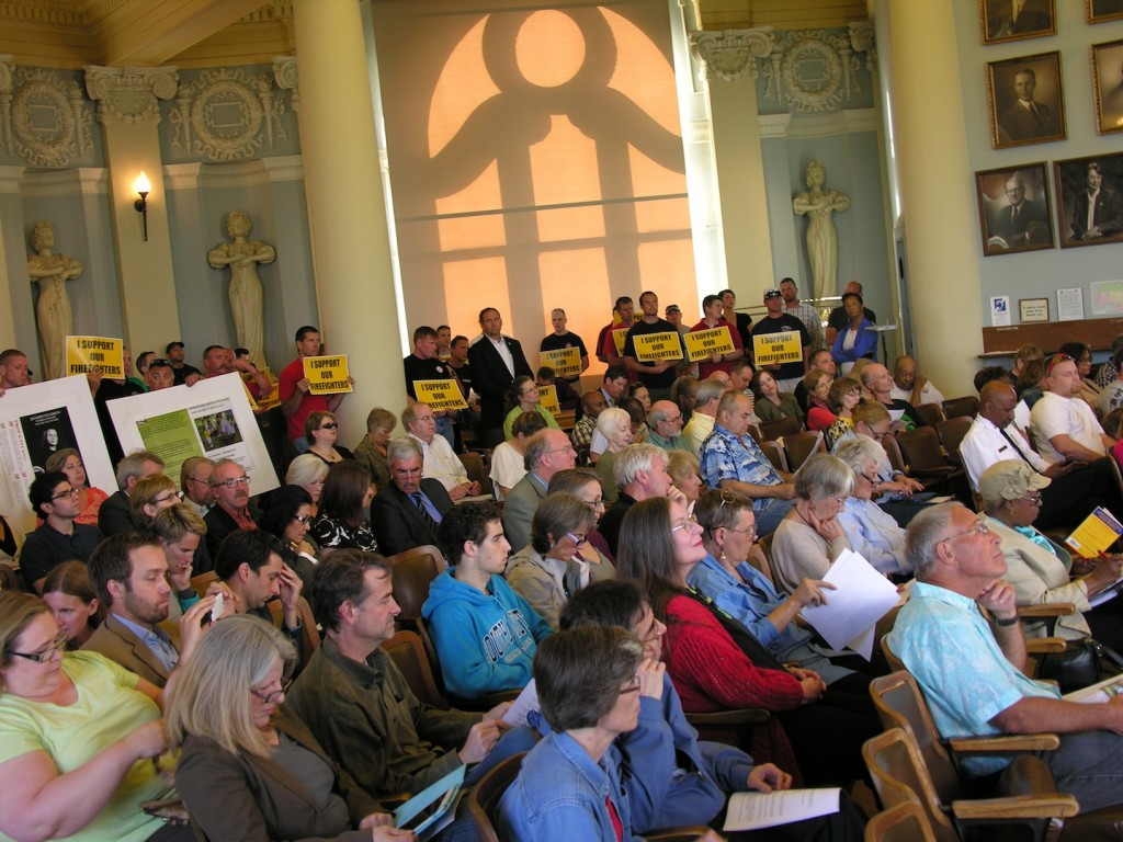 The large number of concerned citizens who turned out for the council meeting made for a standing room only crowd once inside. – Labor Tribune.