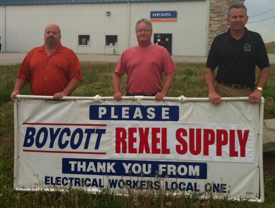 Delivering the message last month at the Rexel Supply location in Edwardsville were (from left) Local 309 Organizer and Assistant Business Manager Chris Hankins, Local 309 wireman Bill Wappler and Local 1 Business Representative Dave Roth.
