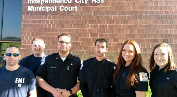 CALLING FOR A UNION: Some of the EMS professionals in Independence, Missouri, who wish to join AFSCME. – AFSCME photo