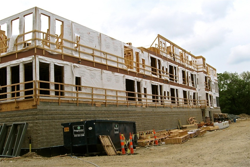 THE NEW APARTMENT BUILDING at Central West End City Apartments is well on its way to completion.