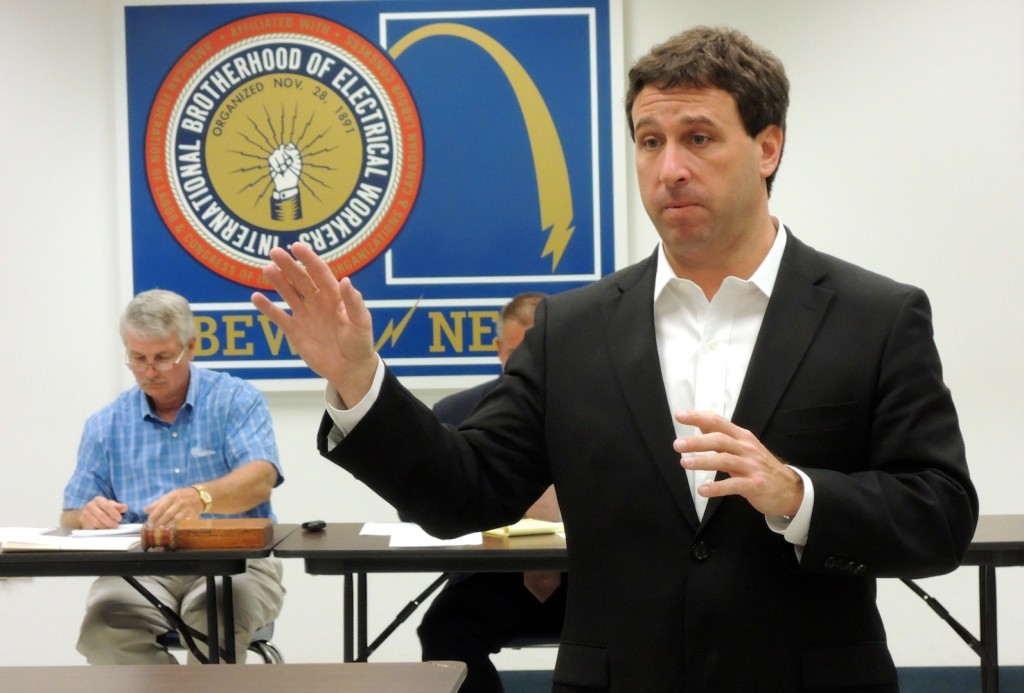 """WE NEED YOU,"" St. Louis County Councilman Steve Stenger, who is trying to unseat incumbent Charlie Dooley in the Democratic primary for county executive Aug. 5, told members of the St. Louis Building & Construction Trades Council. Stenger is asking for volunteers to call voters and go door-to-door for his campaign. To volunteer, call 314-690-3012, or email info@stevestenger.com. – Labor Tribune photo"