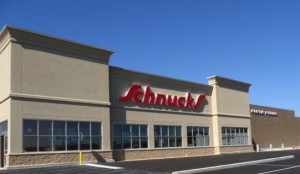 FARMINGTON, MO – The new Schnucks store that opened here Nov. 19, with UFCW Local 655 providing wall-to-wall representation for the store's employees, is the first full-service union grocer in this town in close to three decades. – Daily Journal photo