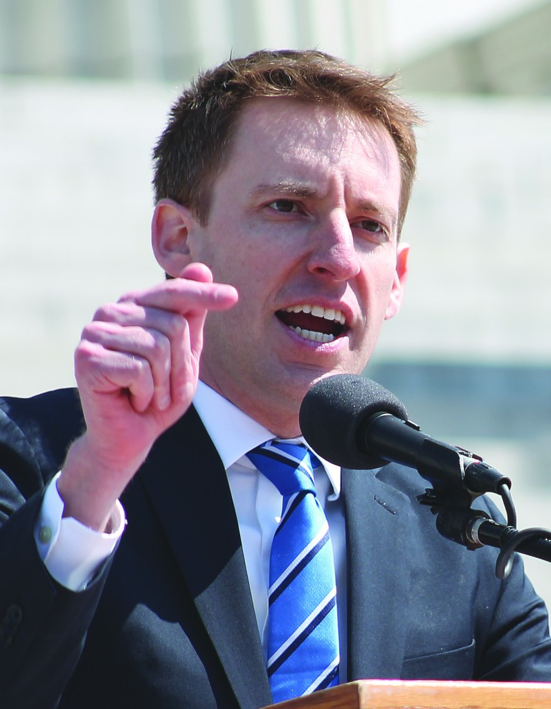 MO. SECRETARY OF STATE Jason Kander at the 2014 Building & Construction Trades Rally in Jefferson City. – Labor Tribune photo
