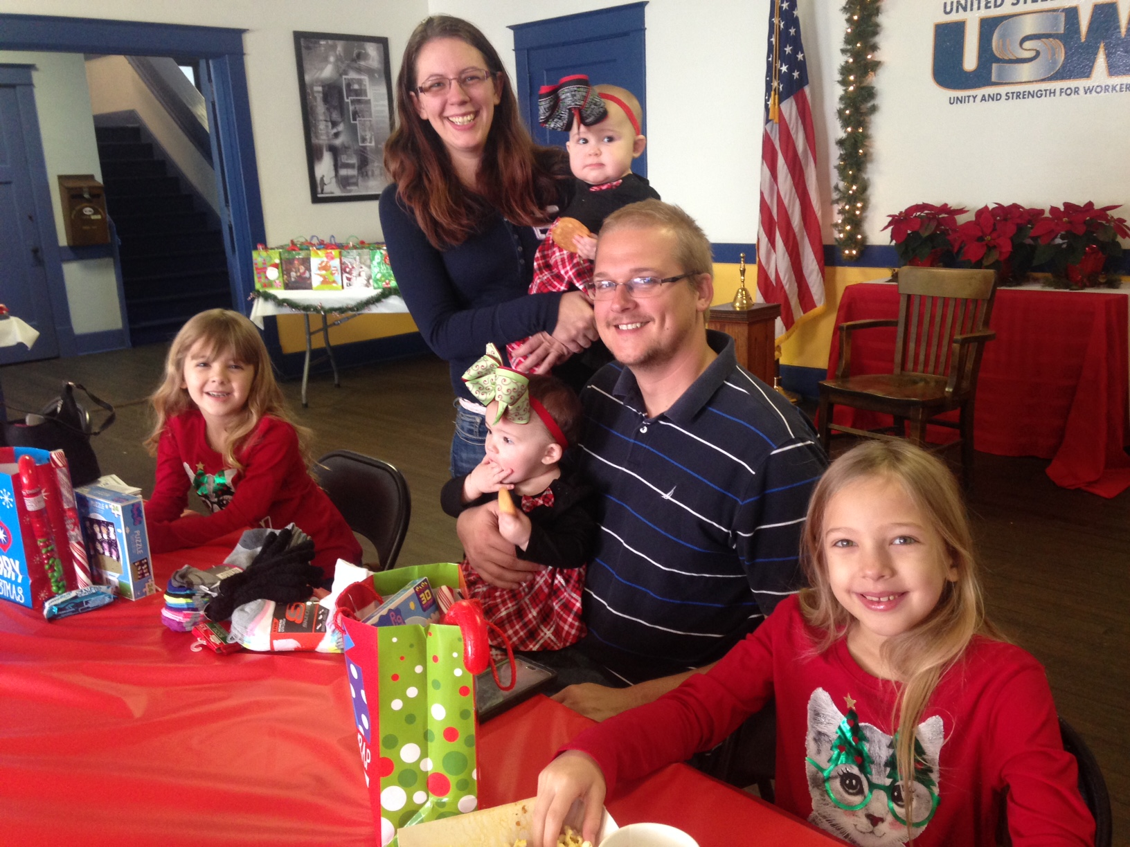 Steelworkers\' kids get a special visitor in time for Christmas   The ...