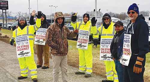Laura Gmc Collinsville Illinois >> Machinists Rally Support For Striking Workers At Laura Buick